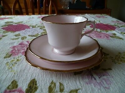 Lovely Vintage Royal Vale China Trio Tea Cup Saucer Plate Pastel Pink