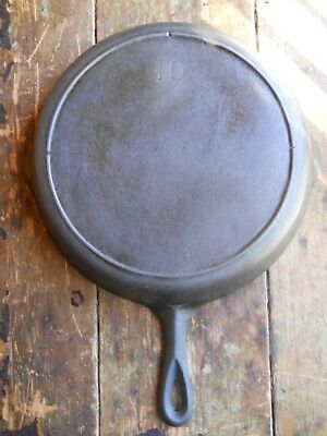 """Vintage Lodge Cast Iron No. 10 Skillet 3 Notch Heat Ring 12"""" Unmarked Lodge Pan"""