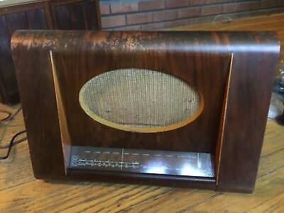 the masters voice tube radio model 5114 for repair