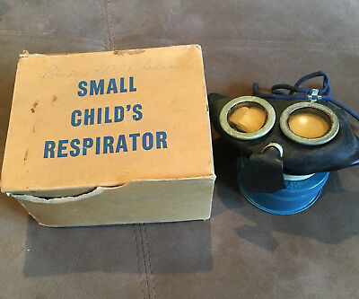 """Canadian WW2 """"Mickey Mouse"""" Child's Gas Mask Respirator In Box"""