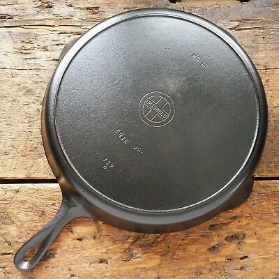 Vintage GRISWOLD Cast Iron SKILLET Frying Pan # 12 SMALL BLOCK LOGO - Ironspoon