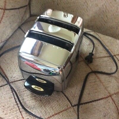Vintage 1960s Sunbeam Radiant Control Toaster Model T-35; Excellent Condition
