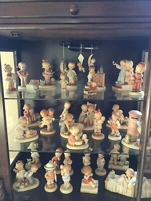 MEMORIES OF YESTERDAY FIGURINES - Entire Collection