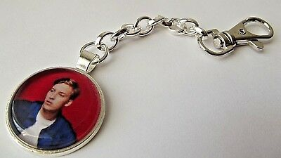 GEORGE EZRA PHOTO 25 MM SILVER STRONG KEY CHAIN KEY RING GIFT box PARTY BIRTHDAY