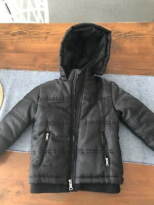 Guess Kids Unisex Jacket Size 5/6