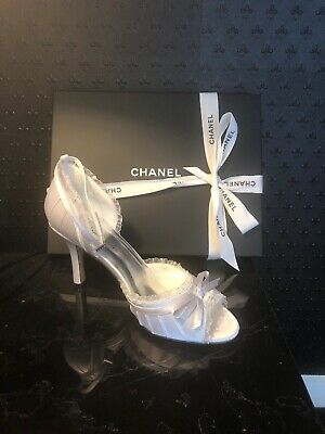 Vintage ivory bridal  wedding  shoes. Size 6,7,8,9,10 . Available In a 6cm & 9cm