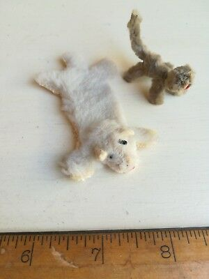 Vintage Antique bear furry rug & pipe cleaner cat dolls house 1/16th scale