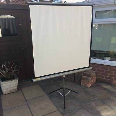 """Luxor Projector Screen 48""""x48"""" - Great Condition"""