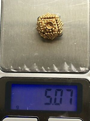 Ancient gold pendant   Metal detector finds 100% original