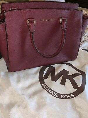 48c10eddff60c7 Pre-owned Michael Kors Burgundy Saffiano Leather Medium Satchel Handbag  Purse