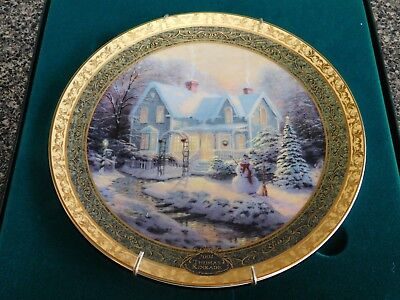 Blessings Of Christmas Thomas Kinkade 2004 Collectable Plate Bradford COA Box