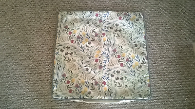 3 Sainsburys Cream Patterened Cushion Covers size 50cm by 50cm