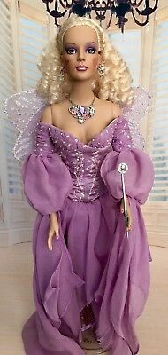 "Titania Sydney, 16"" Tonner Doll, Fully Costumed, Excellent Condition"