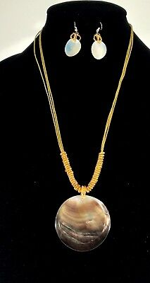 Gr8tEstates Mother-of-Pearl Shell Double-Round Pendant Necklace & Dangle Earring