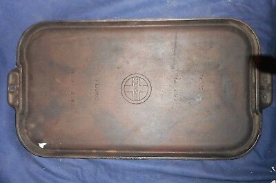 "Vintage Cast Iron Griswold #8 Cast Iron Griddle 908, 20"" Long"
