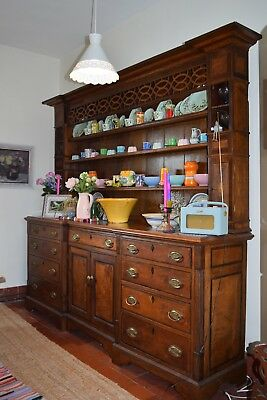 Stunning Antique Georgian oak dresser base & plate rack