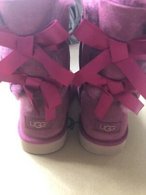 Ugg Bailey Bow Burgendy New , Size Uk 2 Kids New With Box