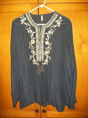 Zulily Women S Embroidered Navy Blue Blouse Plus Size 3x 8 00