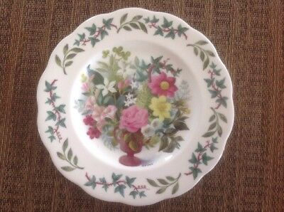 """Royal Acadamy Queen Anne 8"""" Plate, Signed Fedden, Fine Bone China From England"""