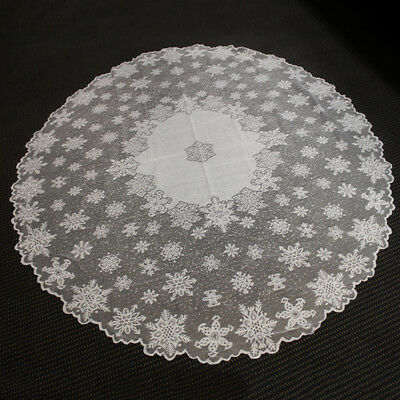 Vintage Christmas Tablecloth White Round Lace Table Cloth Topper Snowflake 70""