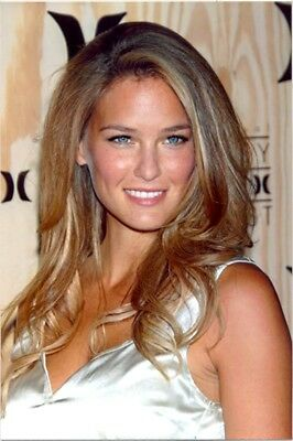 Bar Rafaeli - Beautiful Headshot !!!!