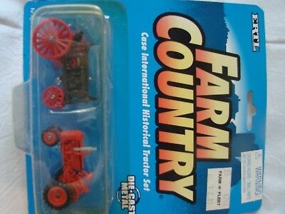 ERTL FARM COUNTRY CASE   HISTORICAL TRACTOR SET DIECAST  1995  1/64 scale