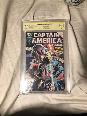 Captain America Annual 8 cbcs 7.5 Signed By Mike Zeck Cover Artist.