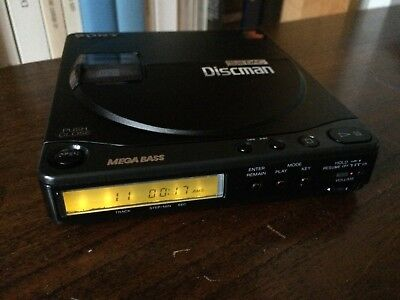 Vintage Sony Discman D-99 (1990) Fully WORKING Crystal clear Sound
