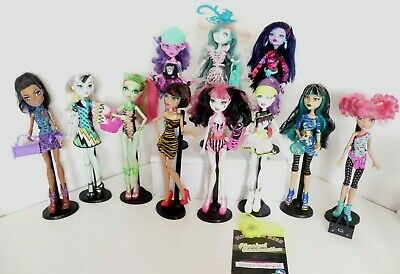 Monster High Dolls pick one or many all in vgc robecca, venus, cleo Kjersti no14