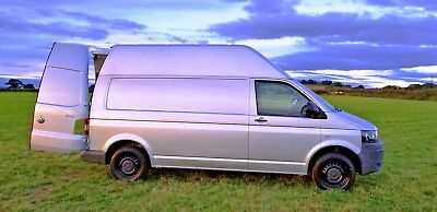 Volkswagen  Transporter  T5 T32 LWB Factory high Top Camper/Day NO VAT TO PAY