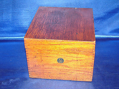 Vintage 1940s  Solid Oak Globe-Wernicke Peerless Tray Card File Index No. 7410-C