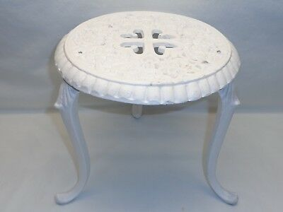 Vtg Cast Iron Plant Stand Pedestal Table White Victorian French Shabby Style