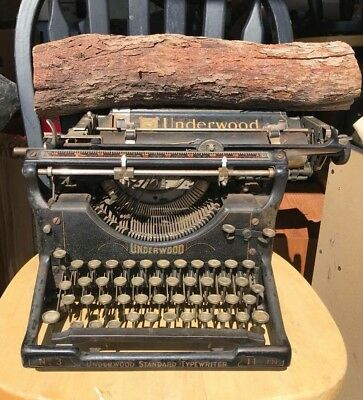 -Antique 1920's Underwood No 3 Standard Vintage Typewriter 11 Inch