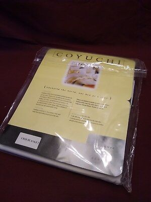 CRIB BLANKET (100% Organic cotton)  COYUCHI NEW NEW !!!