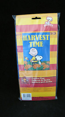 """Peanuts  Snoopy """"HARVEST TIME"""" Flag with Snoopy, Woodstock and Charlie Brown"""