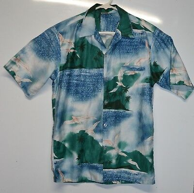 Barefoot in Paradise Vintage Genuine Hawaiian Shirt Late 60s 70s Size M RN 36979