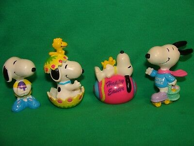 4 Snoopy Peanuts Hard Rubber Easter Figures United Feature Syndicate, Inc UFS