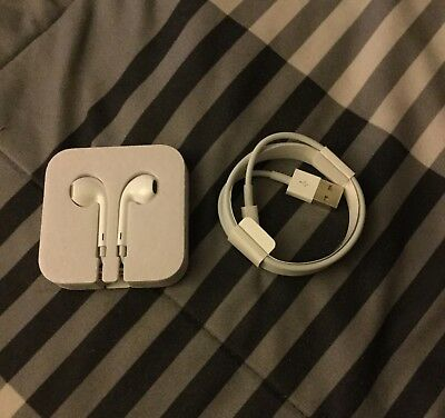 Authentic Apple 3.5mm Jack Headphones (No Remote & Mic) & Lightning to USB 3ft
