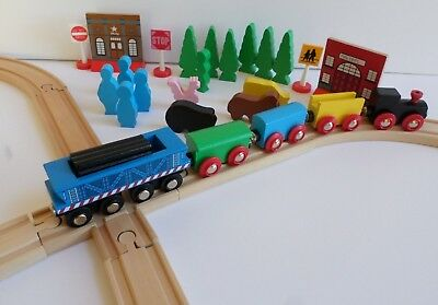 Maxim Wooden Railway Classic Series 50 Pc. Train Set Wooden Pieces 082211GS Nice