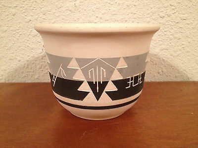 Native American Signed Marie Black Tail Rapid City South Dakota Pottery Vase