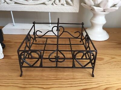 Shabby Chic Rustic Style Napkin Holder Heart Design Metal Indoor/Outdoor Use