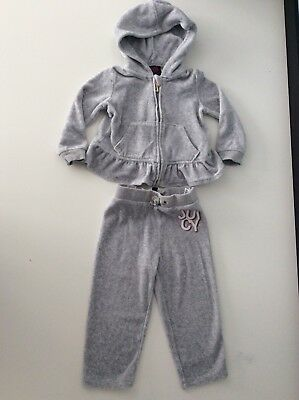 Juicy Couture Grey Velour Tracksuit Ahe 12-18 Months Baby Girls Hoodie & Bottoms