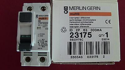 INTERRUPTEUR  DIFFERENTIEL 2P 63A 300mA-AC MERLIN GERIN 23175