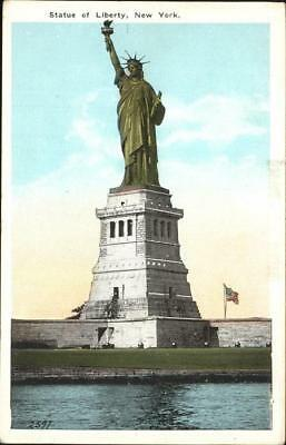 11350034 Statue of Liberty Bealoes Island  New York