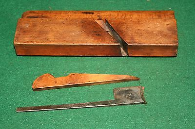Antique 19th C.  R. Harron, NY Hollow Woodworking Moulding Plane  Inv#JB60