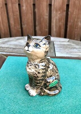 Seated Looking Up 1886 Reliable Beswick Persian Kitten