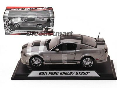 2011 Ford Shelby GT350 Mustang 1:18 von Collectibles Druckguss Modellauto Grau