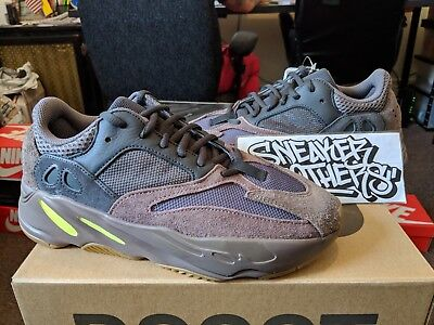 wholesale dealer 0a293 670a3 ADIDAS YEEZY BOOST 700 Mauve Wave Runner Grey Green Kanye West EE9614