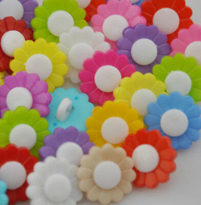 10 x Two-Colour 15mm Daisy Buttons Shank Buttons Sew on Size: 15MM