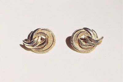 VINTAGE SIGNED - TRIFARI - 1970s Mid Century Modern Gold Plated Round Earrings